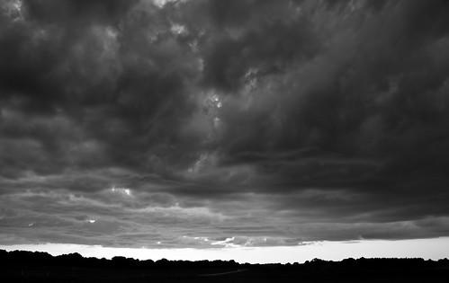 sunset sky bw landscape blackwhite skåne sweden svedala canonefs1785mmf456isusm holmeja