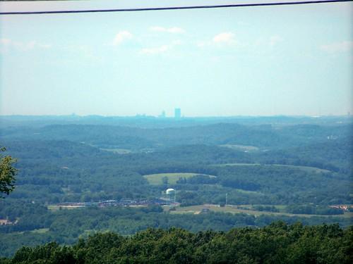 skyline pittsburgh pennsylvania acme pa31 westmorelandcounty 3milehill skylinefromfaraway