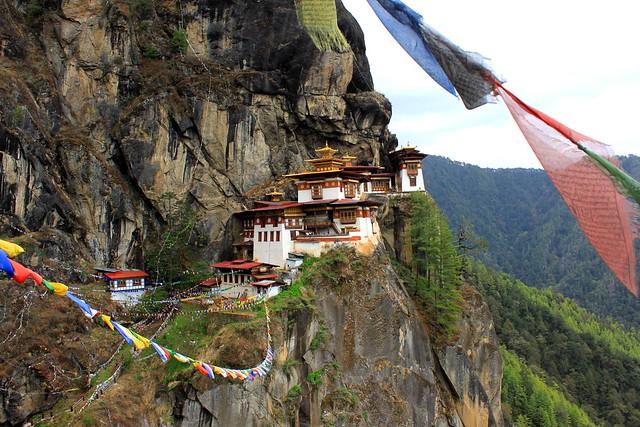 2011.05.01 Taktsang Palphug Monastery