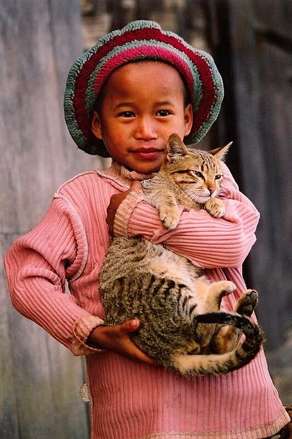 Asia -  Myanmar / Burma - Girl with her pussy