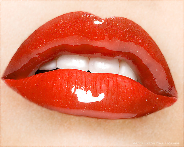red juicy lips