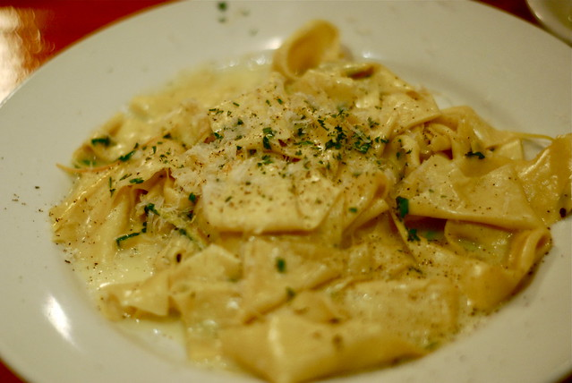 Tagliatelle scalino flickr photo sharing for Scalinos park slope brooklyn