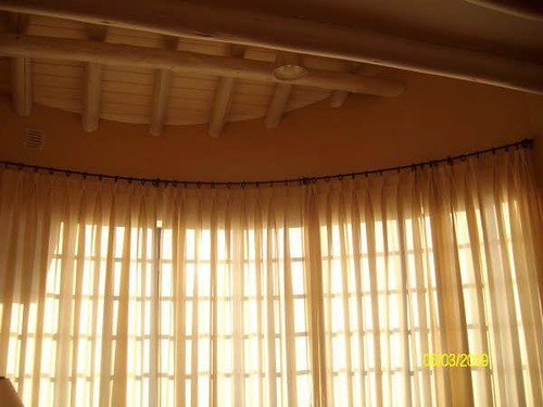 Cortina para ventana bow window flickr photo sharing - Ventanas con cortinas ...