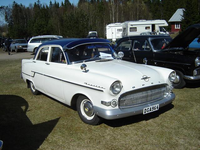 Kapitän ('56)