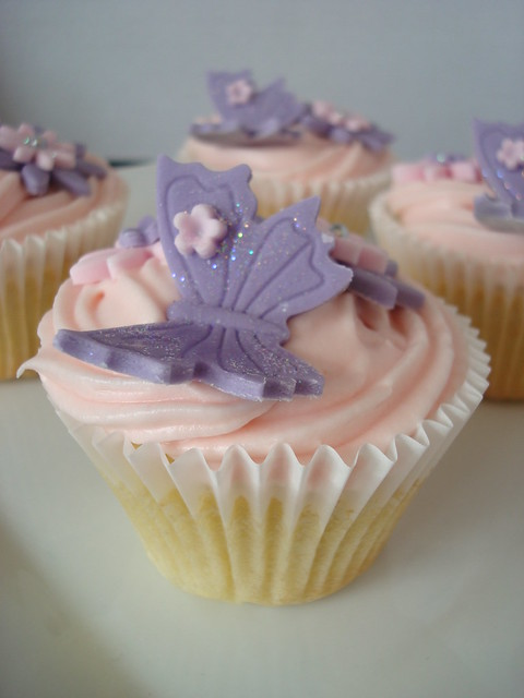 Birthday butterfly cupcakes Flickr - Photo Sharing!