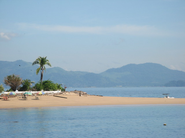 Isla Taboga beaches