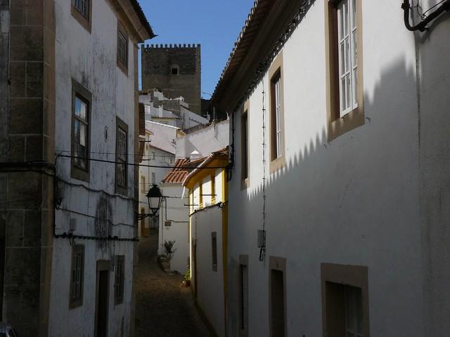 Calle de Castelo de Vide (Alentejo, Portugal)