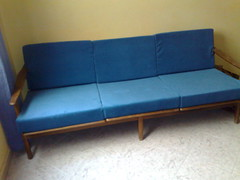 bed frame(0.0), chaise longue(0.0), bed(0.0), sofa bed(0.0), furniture(1.0), couch(1.0), studio couch(1.0),