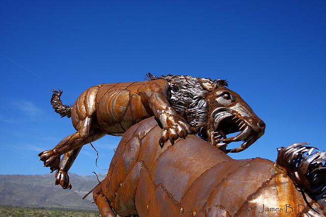 Saber Tooth Tiger Attack | Flickr - Photo Sharing!