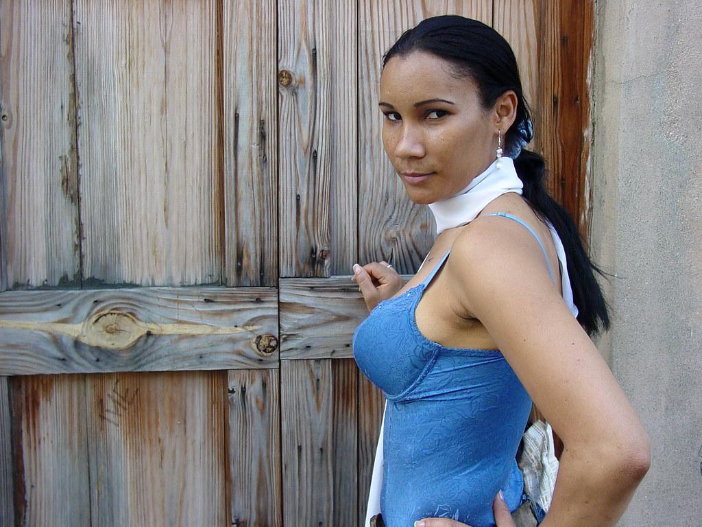santo domingo single mature ladies Singles tours to the dominican republic to meet hundreds of gorgeous latin women through a foreign affair.