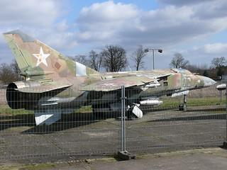 Seite: MiG-23