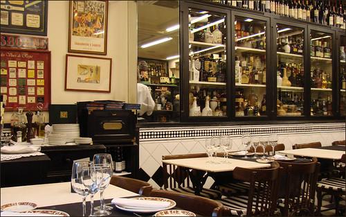 Restaurant traditionnel Victor Montes (Plaza Nueva à Bilbao)