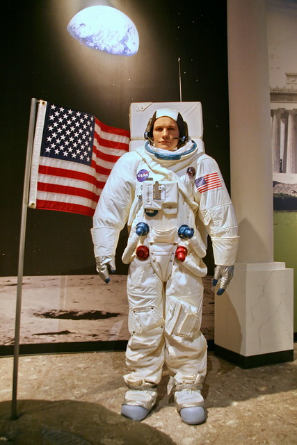 wax museum neil armstrong - photo #12