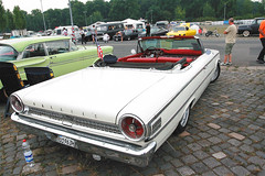 automobile, automotive exterior, vehicle, antique car, sedan, vintage car, ford galaxie, land vehicle, luxury vehicle, convertible, motor vehicle,