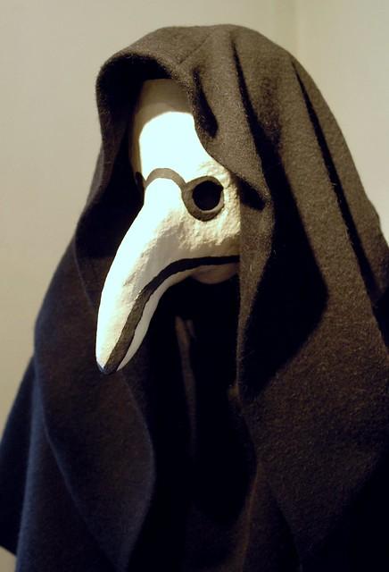 plague doctor beak mask