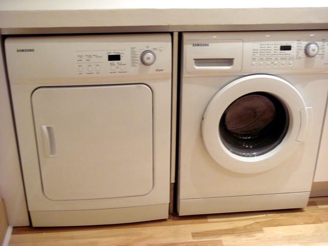 counter washing machine and dryer
