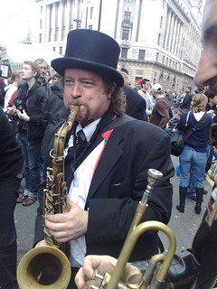 photo of Andy Williamson on saxophone