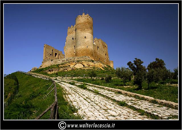 Castello di Mazzarino, Castelvecchio, U Cannuni