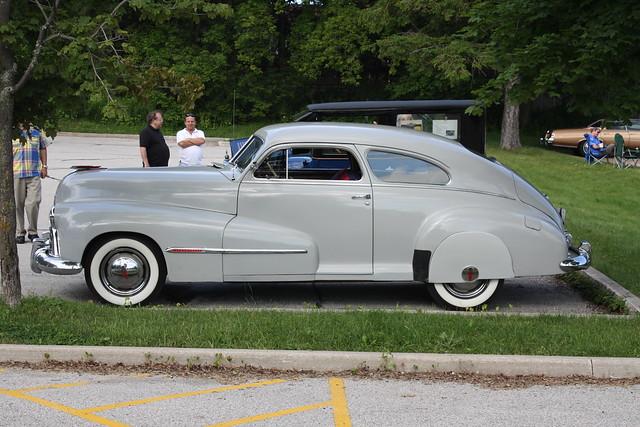 1947 oldsmobile 2 door fastback explore carphoto 39 s for 1947 oldsmobile 4 door sedan