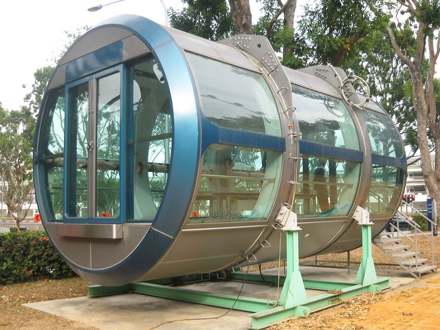 Singapore Flyer display capsule | Flickr - Photo Sharing!
