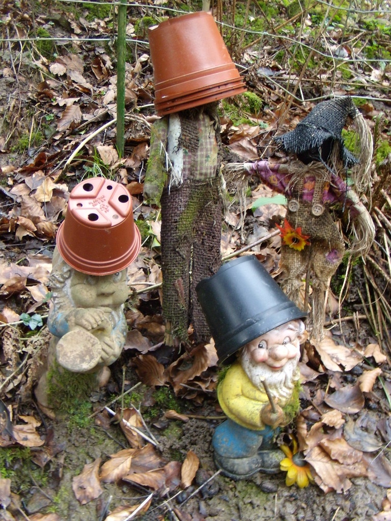 Potheads Rejects from the Ideal Gnome Exhibition? Balcombe to East Grinstead