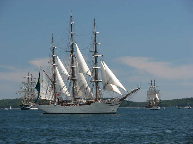 cisne branco parade of sail tall ships halifax 2009. Black Bedroom Furniture Sets. Home Design Ideas