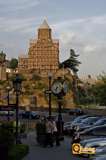 Tbilisi, Gruzja - różnice