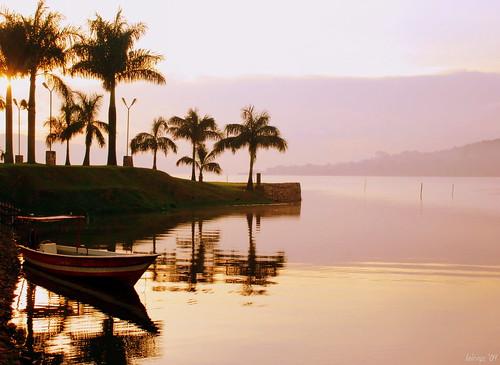 africa fab lake sunrise boat mornings uganda lakevictoria nikond80 reejoie flickristasindios
