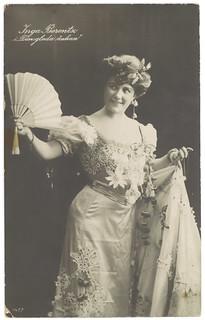 """Inga Berentz i """"Den glada änkan"""" (ca. 1909)"""