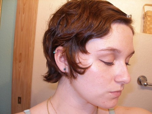 how to grow out short hair