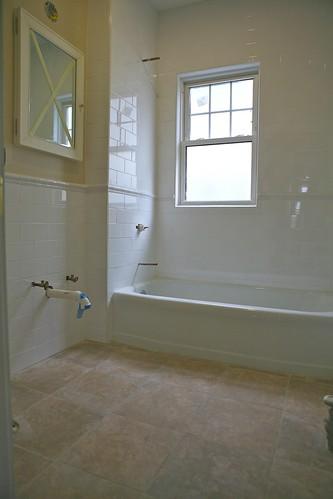 bathroom cabinets vanities
