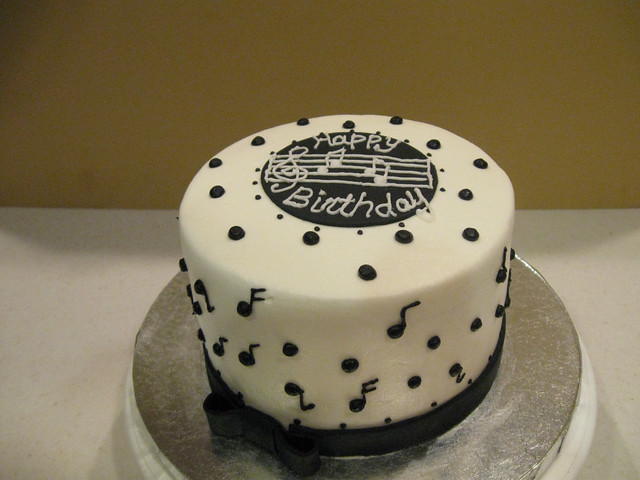 music note birthday cakes