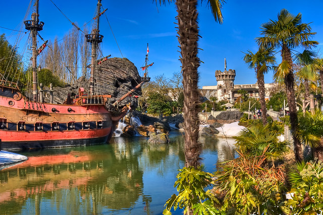 DLP Feb 2009 - Thar be Pirates in Adventureland