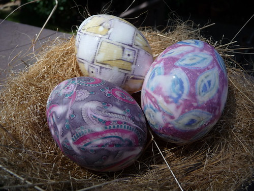 """Tie dyed"" easter eggs"