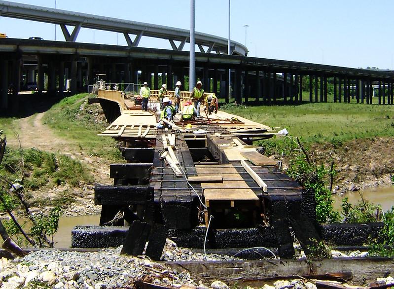 Railroad bridge over White Oak Bayou,  Houston Bikeway Construction, north of Hogan Street, Houston, Texas 0420091318A