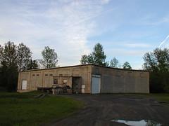 Caribou Train Garage