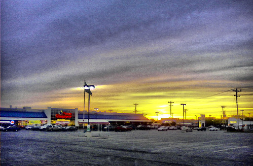Price Chopper Sunset