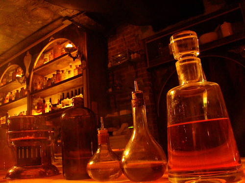 Are Leaded Crystal Decanters Dangerous? - Scotch AddictScotch Addict
