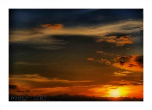 red sky españa clouds sunrise landscape atardecer spain rojo nikon zaragoza cielo nubes aragon hdr nwn flickrwalk platinumphoto anawesomeshot aplusphoto overtheexcellence picturefantastic 100commentgroup oscarcolas