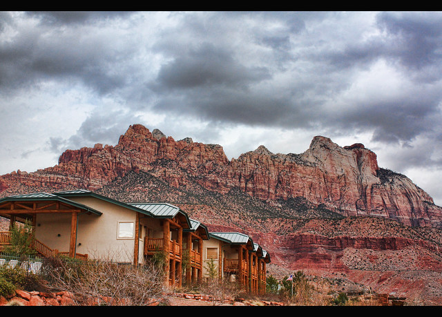 Mt zion national park lodging flickr photo sharing for Cabin zion national park