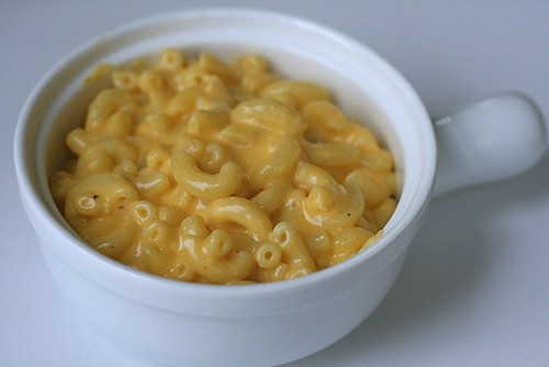 Baked mac and cheese comparison everyday annie for Pioneer woman mac and cheese recipe