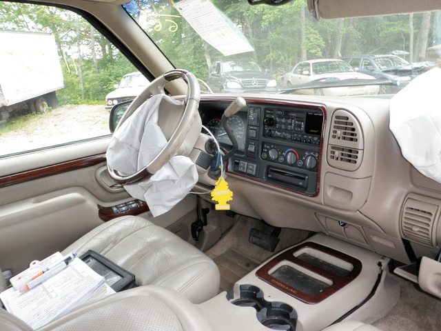 2000 cadillac escalade just in and parting out get parts - 2003 cadillac escalade interior parts ...