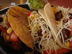 tostada, meal, lunch, carnitas, taco, meat, food, dish, cuisine,