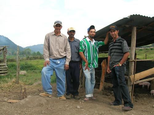 republica geotagged farmers dominicanrepublic farm dr dominicana ciénaga geo:lat=1906591 geo:lon=70862026