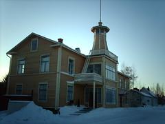 Wooden Pikisaari building