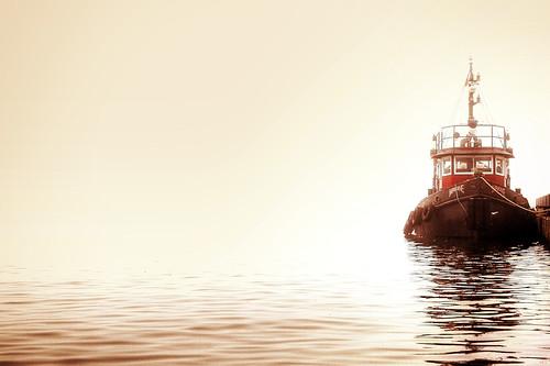 toronto ontario canada water fog canon boat foggy tugboat hdr hdri photomatix waterfron mrkane alienskin t1i ef24150l TGAM:photodesk=water