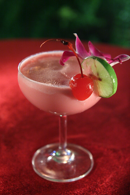 Pink+Lady+Cocktail green lady dip in pink pink star pink margarita ...