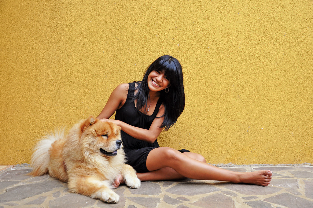 17/52 scarleth and her dog (benji)