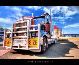 Optimus Prime... Transform! :: HDR
