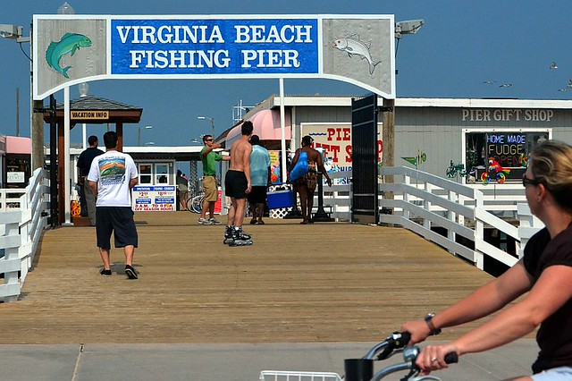 Virginia beach fishing pier the fishing pier located at for Va beach fishing pier